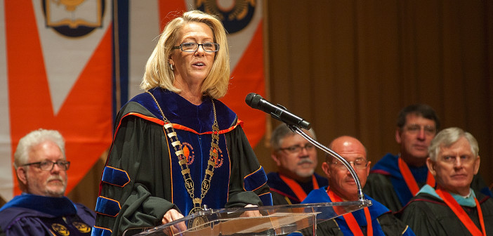 Do You Know Dr Dana Hoyt