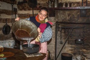 Treasures-Lady-Cooking