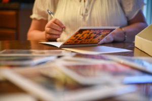 inspirations-writing-card-on-table