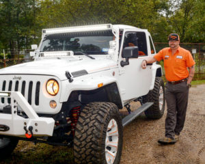 business-alan-with-jeep