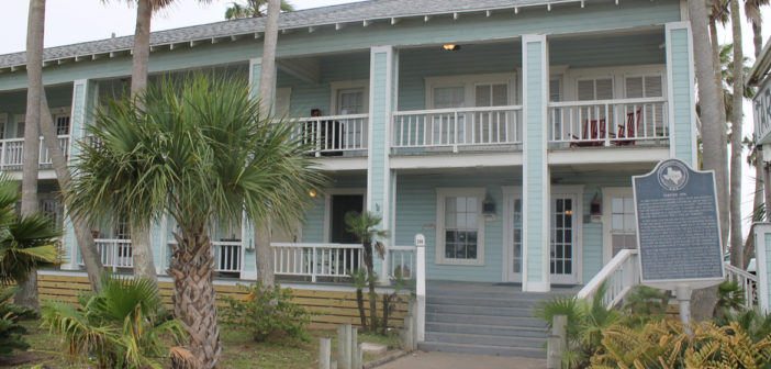 Texas Treasures: Tarpon Inn